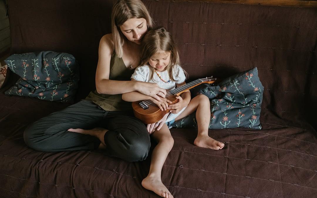 Apprendre le Ukulélé gratuitement avec Fender